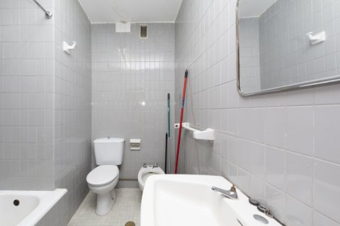 Apartment for sale in Madrid, Spain, 4 bedrooms, 129.00m2, No. 2307 – photo 12