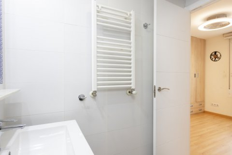 Apartment for sale in Madrid, Spain, 2 bedrooms, 64.00m2, No. 2641 – photo 21