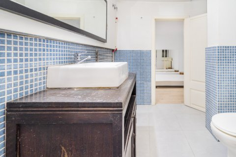 Apartment for sale in Madrid, Spain, 4 bedrooms, 160.00m2, No. 1471 – photo 9
