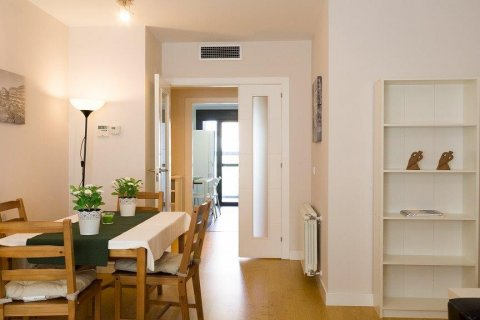 Apartment for rent in Madrid, Spain, 2 bedrooms, 94.00m2, No. 2216 – photo 5