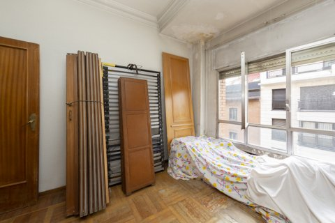Apartment for sale in Madrid, Spain, 4 bedrooms, 129.00m2, No. 2307 – photo 11