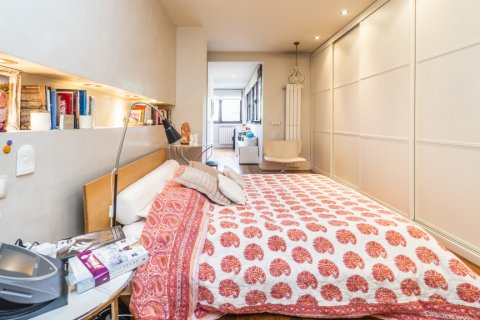 Apartment for sale in Madrid, Spain, 4 bedrooms, 200.00m2, No. 2162 – photo 11