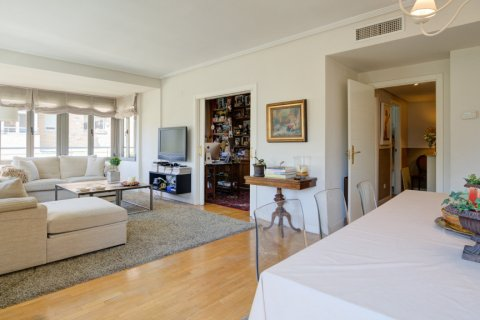 Apartment for sale in Madrid, Spain, 4 bedrooms, 171.00m2, No. 2442 – photo 10