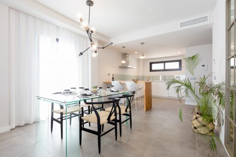 Penthouse for sale in Manilva, Malaga, Spain, 2 bedrooms, 114.34m2, No. 2009 – photo 1