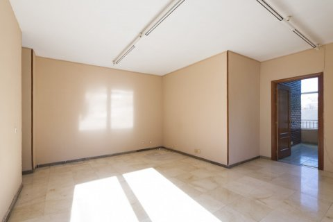 Apartment for sale in Malaga, Spain, 5 bedrooms, 168.00m2, No. 2267 – photo 2