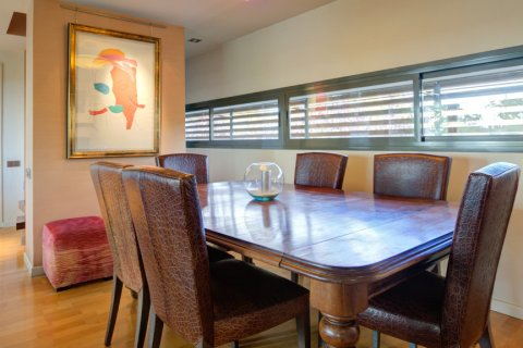 Duplex for sale in Madrid, Spain, 3 bedrooms, 160.00m2, No. 2326 – photo 11
