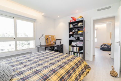 Apartment for sale in Alcobendas, Madrid, Spain, 5 bedrooms, 474.00m2, No. 2566 – photo 29