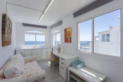 Penthouse for sale in Marbella, Malaga, Spain, 2 bedrooms, 143.88m2, No. 2290 – photo 7