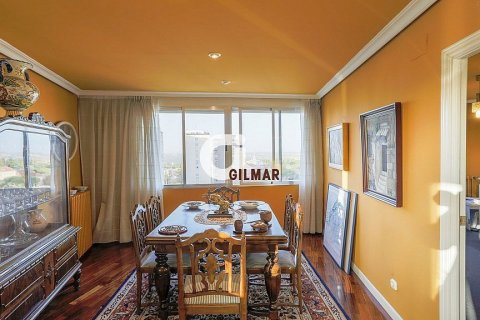 Apartment for sale in Madrid, Spain, 3 bedrooms, 152.00m2, No. 1566 – photo 26