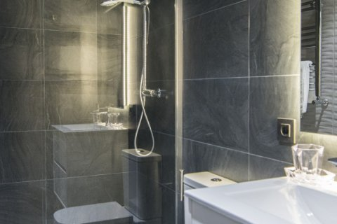 Apartment for sale in Madrid, Spain, 5 bedrooms, 184.00m2, No. 1948 – photo 18