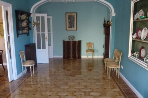 Apartment for rent in Madrid, Spain, 4 bedrooms, 270.00m2, No. 1686 – photo 1