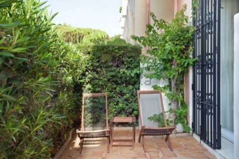 Apartment for rent in Marbella, Malaga, Spain, 2 bedrooms, 160.00m2, No. 2246 – photo 3