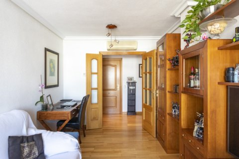Apartment for sale in Madrid, Spain, 2 bedrooms, 91.00m2, No. 2073 – photo 21