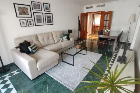 Apartment for rent in Marbella, Malaga, Spain, 2 bedrooms, 120.00m2, No. 2568 – photo 1