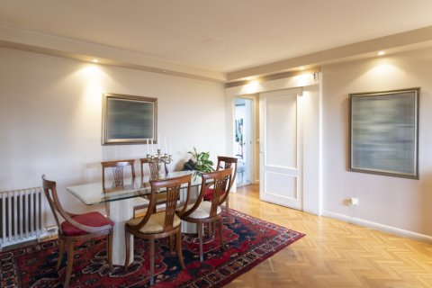 Apartment for sale in Madrid, Spain, 3 bedrooms, 227.00m2, No. 1943 – photo 2