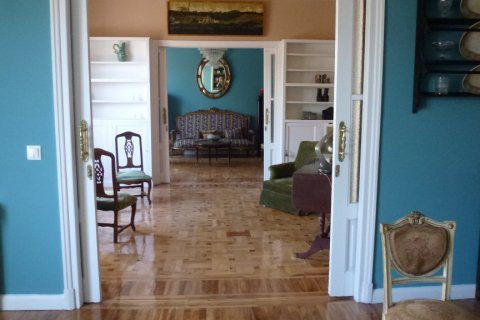 Apartment for rent in Madrid, Spain, 4 bedrooms, 270.00m2, No. 1686 – photo 23