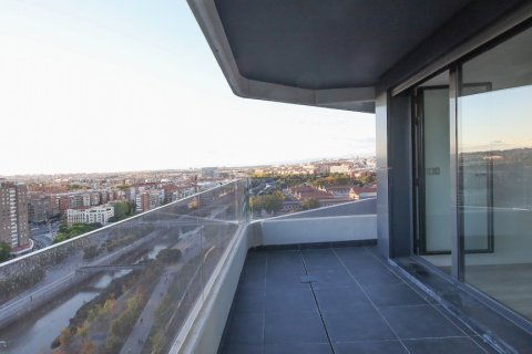 Apartment for sale in Madrid, Spain, 4 bedrooms, 200.00m2, No. 2361 – photo 7