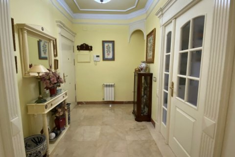 Apartment for sale in Malaga, Spain, 3 bedrooms, 135.00m2, No. 2285 – photo 4