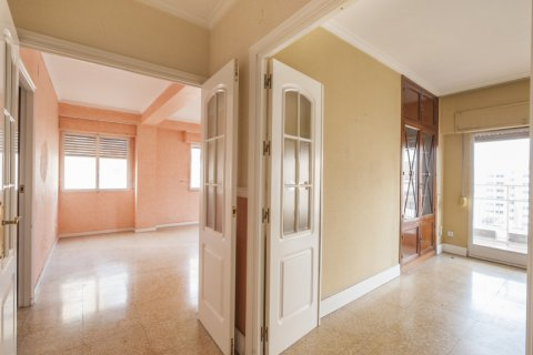 Apartment for sale in Sevilla, Seville, Spain, 5 bedrooms, 204.00m2, No. 2637 – photo 25