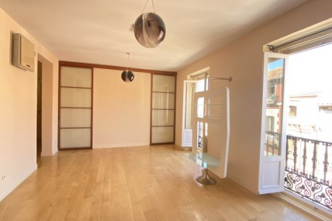 Apartment for rent in Madrid, Spain, 4 bedrooms, 150.00m2, No. 2728 – photo 8