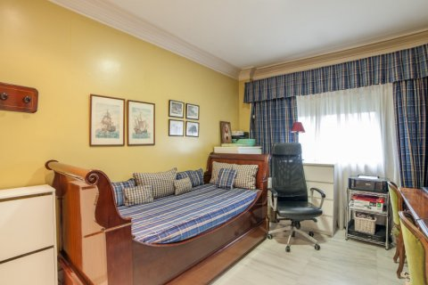 Apartment for sale in Sevilla, Seville, Spain, 3 bedrooms, 193.00m2, No. 2430 – photo 18