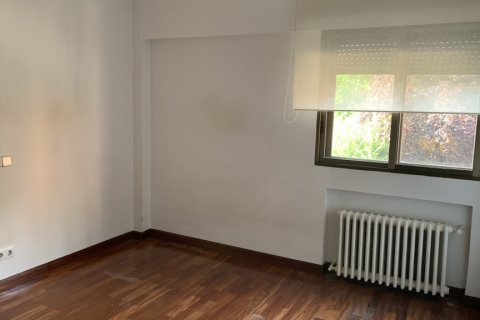 Apartment for rent in Madrid, Spain, 5 bedrooms, 279.00m2, No. 1462 – photo 14