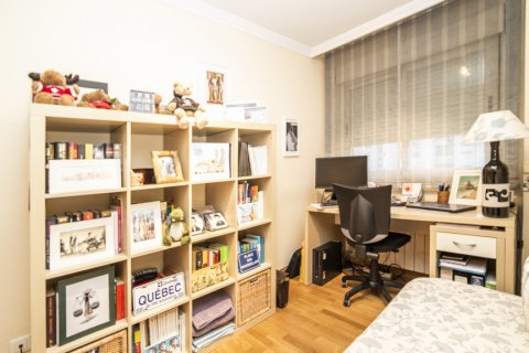 Apartment for sale in Madrid, Spain, 2 bedrooms, 83.00m2, No. 2563 – photo 3