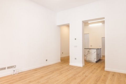 Apartment for sale in Madrid, Spain, 3 bedrooms, 139.00m2, No. 2700 – photo 10