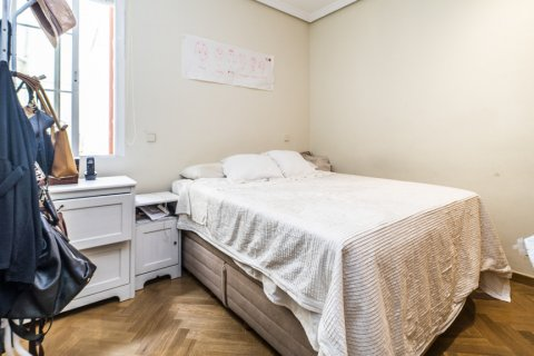 Apartment for sale in Madrid, Spain, 3 bedrooms, 132.00m2, No. 1868 – photo 19