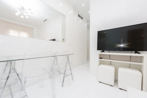Apartment for sale in Madrid, Spain, 2 bedrooms, 46.00m2, No. 2423 – photo 10