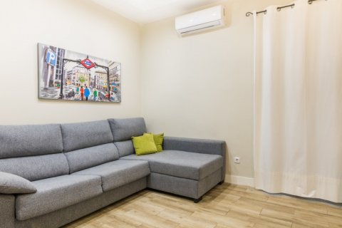 Apartment for sale in Madrid, Spain, 2 bedrooms, 183.00m2, No. 2417 – photo 21