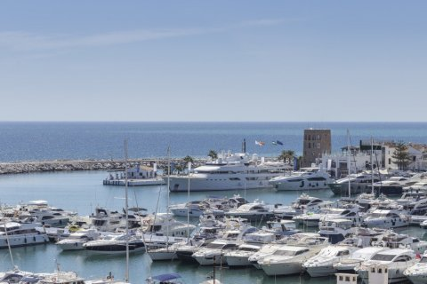 Penthouse for sale in Marbella, Malaga, Spain, 2 bedrooms, 143.88m2, No. 2290 – photo 8