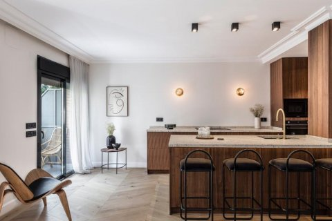 Apartment for sale in Madrid, Spain, 3 bedrooms, 140.00m2, No. 2095 – photo 17