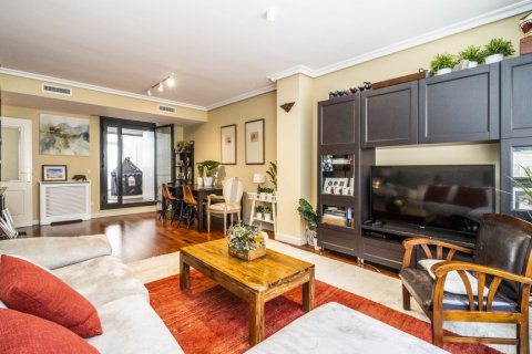 Apartment for sale in Madrid, Spain, 3 bedrooms, 132.00m2, No. 1694 – photo 13