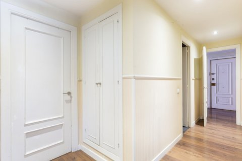 Apartment for sale in Madrid, Spain, 4 bedrooms, 158.00m2, No. 2182 – photo 11