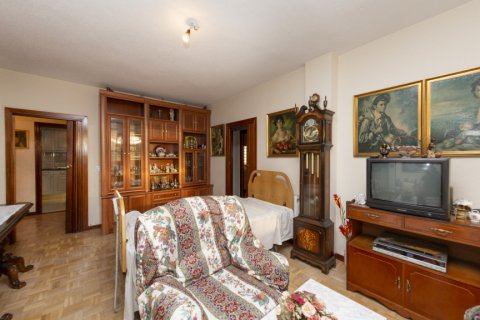 Apartment for sale in Madrid, Spain, 3 bedrooms, 90.00m2, No. 2414 – photo 5