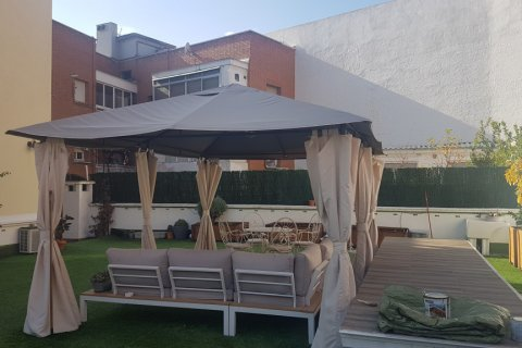 Apartment for sale in Madrid, Spain, 5 bedrooms, 178.00m2, No. 2029 – photo 2