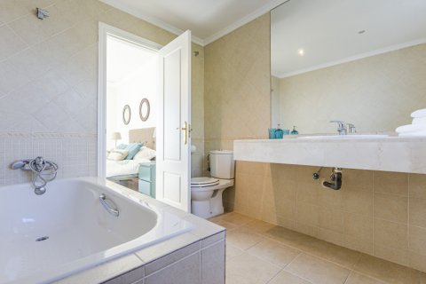 Duplex for sale in Malaga, Spain, 3 bedrooms, 154.00m2, No. 2713 – photo 15