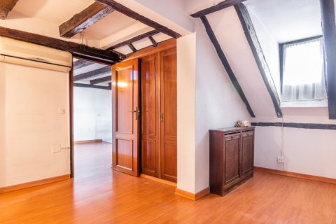 Apartment for sale in Madrid, Spain, 3 bedrooms, 130.00m2, No. 2006 – photo 20
