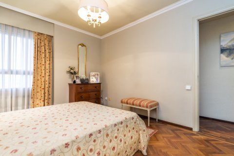 Apartment for sale in Madrid, Spain, 4 bedrooms, 189.00m2, No. 2370 – photo 25