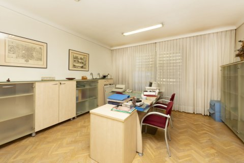 Apartment for sale in Madrid, Spain, 4 bedrooms, 206.00m2, No. 2284 – photo 9