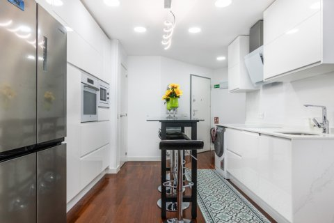 Apartment for sale in Madrid, Spain, 3 bedrooms, 100.00m2, No. 2540 – photo 8