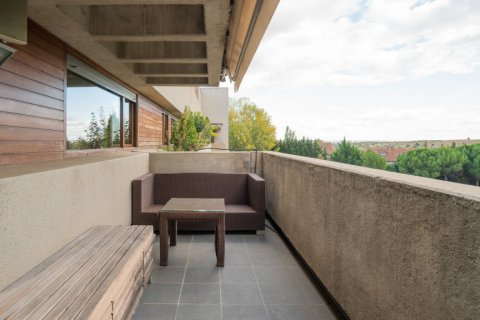 Duplex for sale in Madrid, Spain, 3 bedrooms, 160.00m2, No. 2326 – photo 15