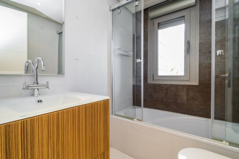 Penthouse for sale in Madrid, Spain, 3 bedrooms, 239.00m2, No. 1699 – photo 23