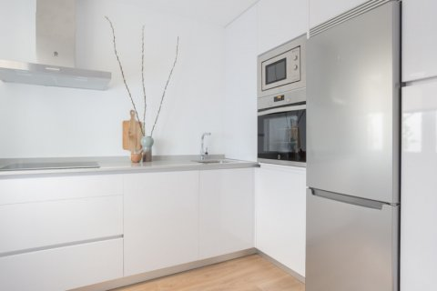 Duplex for sale in Madrid, Spain, 2 bedrooms, 68.00m2, No. 2334 – photo 9