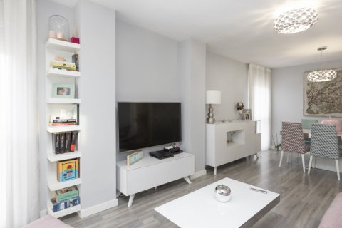 Apartment for sale in Parla, Madrid, Spain, 3 bedrooms, 133.00m2, No. 2615 – photo 10