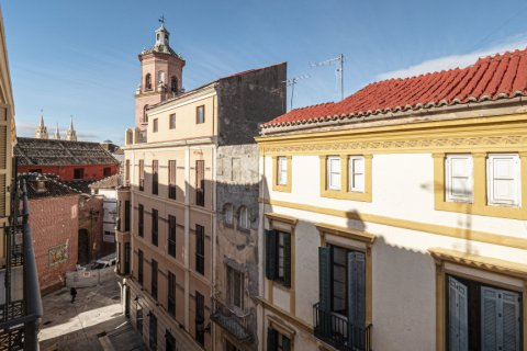 Duplex for sale in Malaga, Spain, 2 bedrooms, 104.00m2, No. 2413 – photo 1