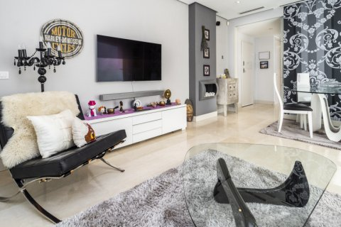 Penthouse for sale in Madrid, Spain, 3 bedrooms, 183.00m2, No. 2215 – photo 5