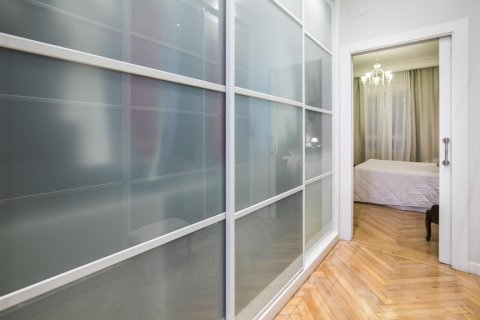 Apartment for sale in Madrid, Spain, 5 bedrooms, 236.00m2, No. 1569 – photo 29