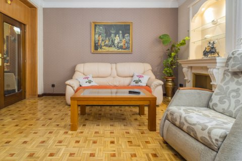 Apartment for sale in Madrid, Spain, 3 bedrooms, 78.00m2, No. 2688 – photo 7